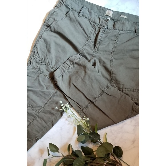 17fb11d99d1 J. Crew Pants - City Safari Army Green Pant J. Crew Cargo Size 12